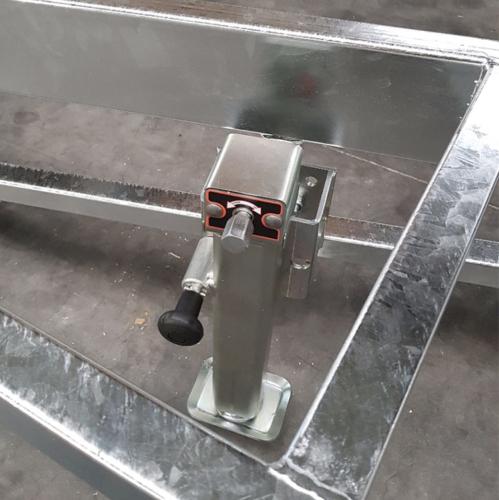 Vertikale Stützbeine 1350KG